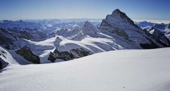 SUL TETTO DELL'OBERLAND (Quota 4000, alpinismo)